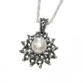 Marcasite and More Marcasite Jewellery Necklace with Fresh Water Pearl (12473)