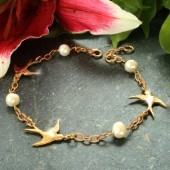 Bluebird Boutique Babette Gold Swallow and Freshwater Pearl Bracelet (15987)