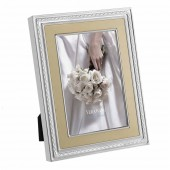 Wedgwood Gold Photo Frame 4 x 6 (25101)
