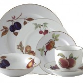 Royal Worcester 24 Piece Dinner Service (439)
