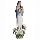 Lladro Madonna of the Flowers (8831)