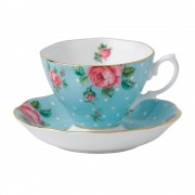 Vintage Teacup and Saucer (22190)